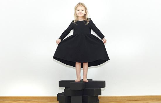 sukienka-kolko-krzyzyk