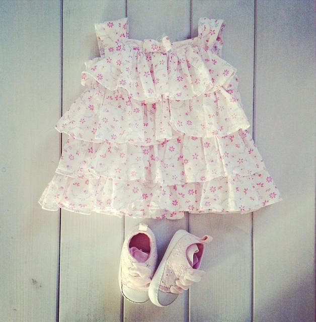sukieneczka-calvin-klein
