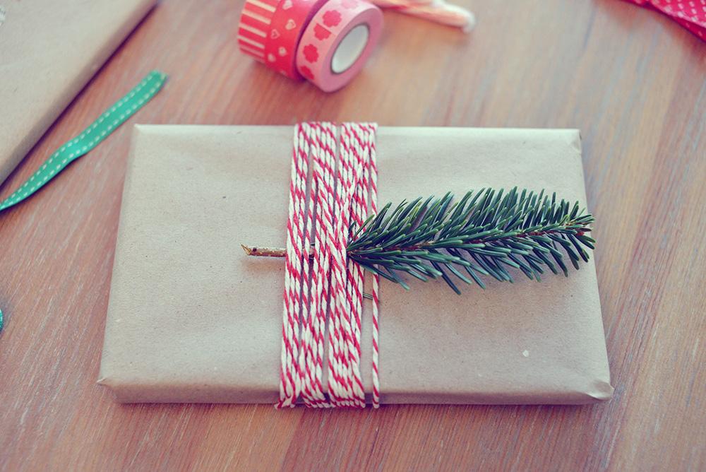pakowanie-prezentow-swiatecznych-diy