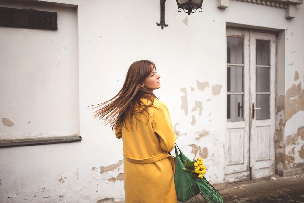 dodatki do żółtego płaszcza
