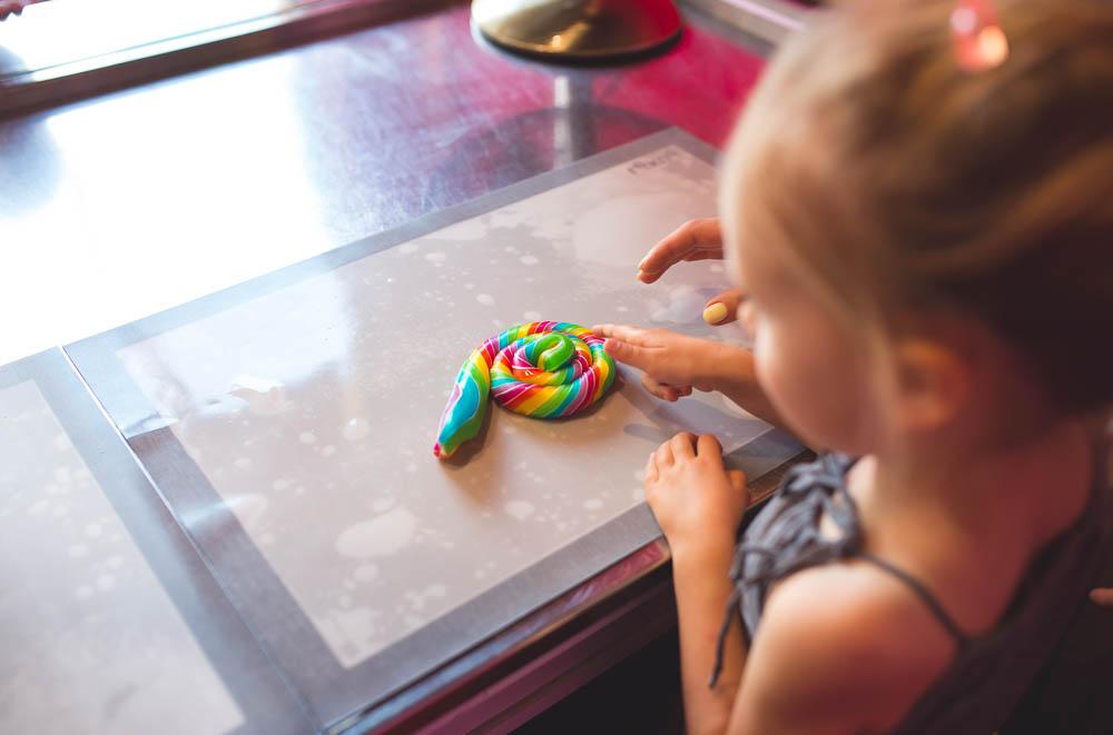 manufaktura cukierkow pokazy dla dzieci