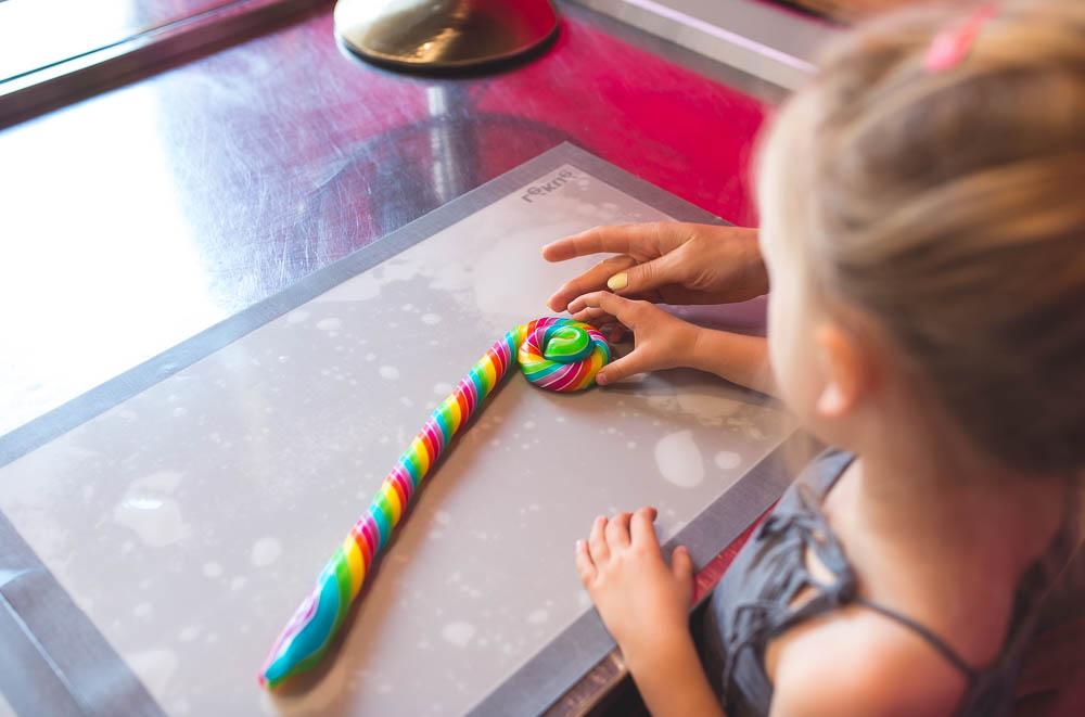 pokazy wytwarzania cukierkow warszawa