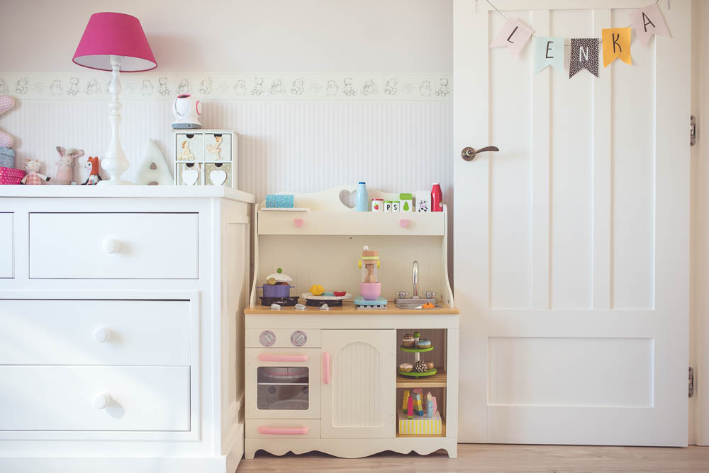 Drewniana kuchnia dla dzieci Kidkraft -> Kuchnia Dla Dzieci Na Baterie