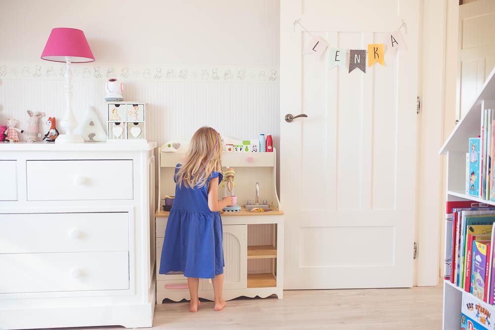 Drewniana kuchnia dla dzieci Kidkraft