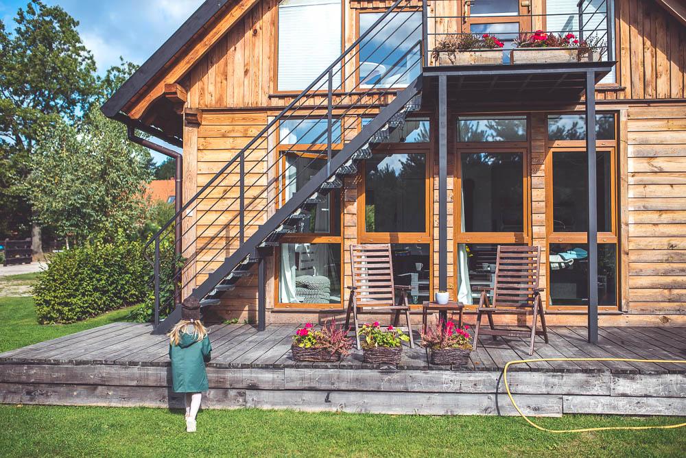 piekny drewniany dom