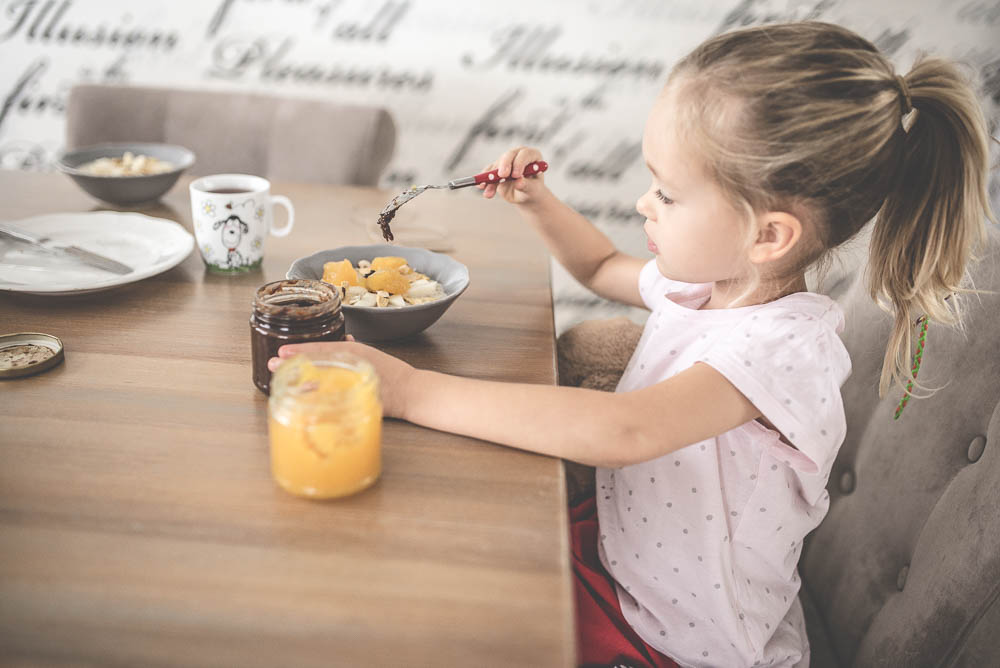 Dietetyk radzi: 10 pomysłów na zdrowe śniadanie dla dzieci