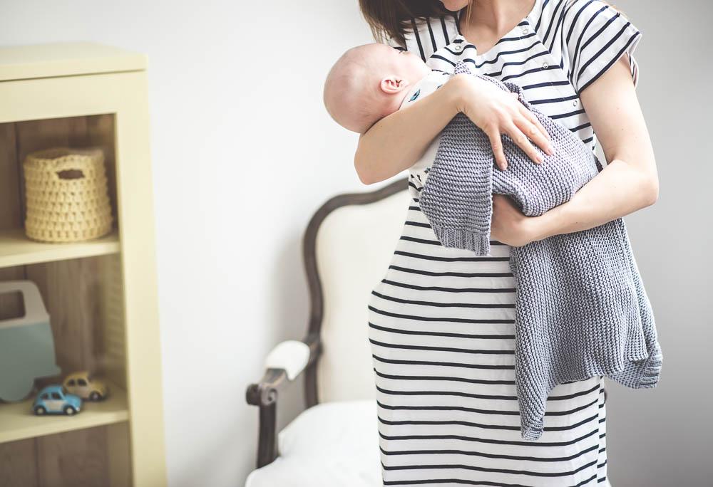 sukienka do porodu granatovo