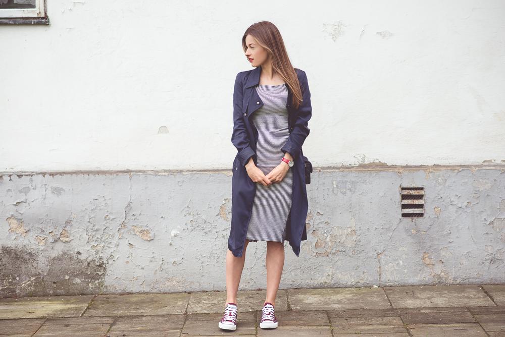 olowkowa sukienka