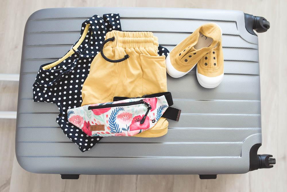 pakowanie walizki wakacje