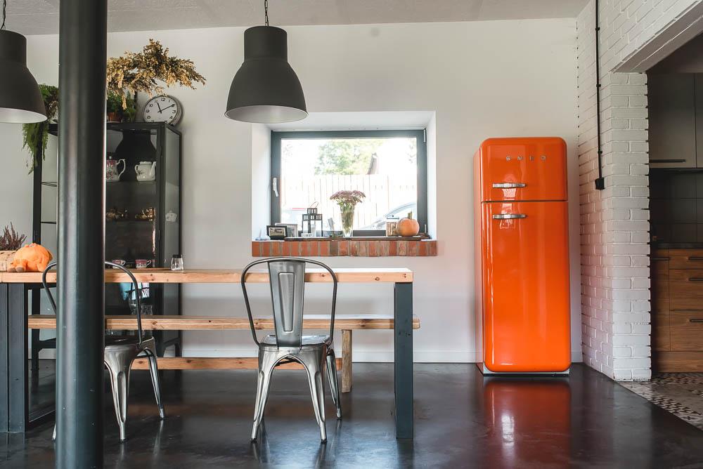 smeg pomaranczowa lodowka