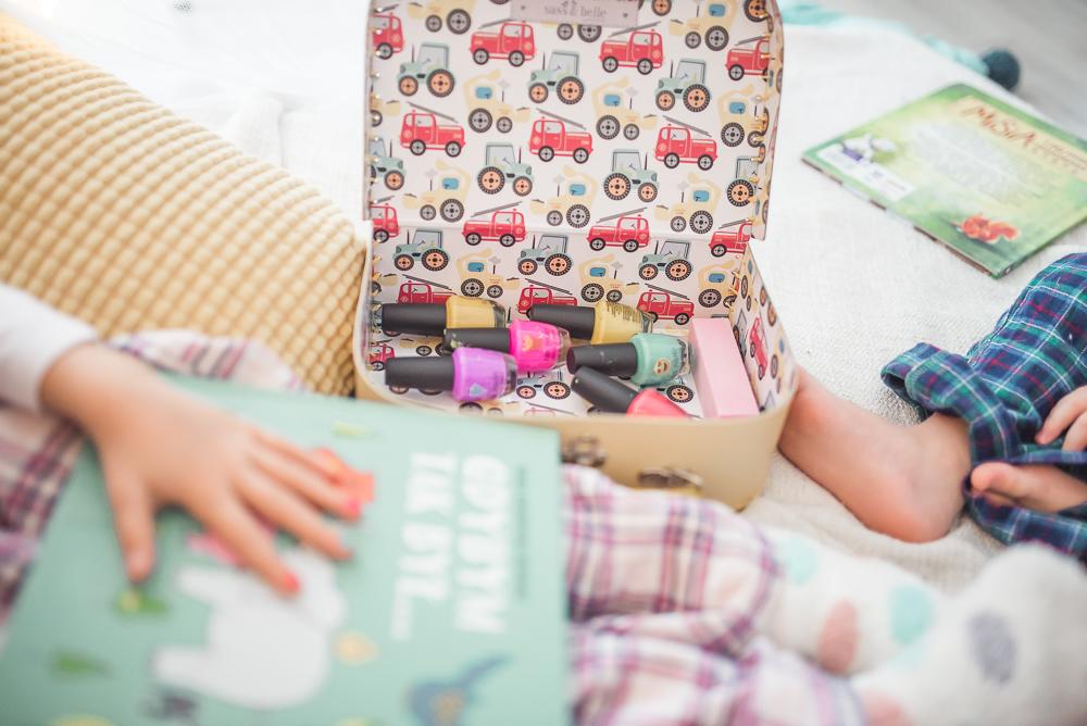 lakiery dla dziewczynek