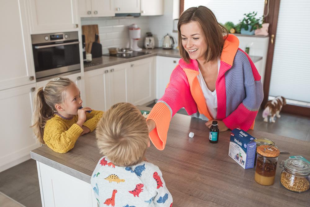 Jak zapobiegam jesiennym infekcjom u dzieci. Sprawdzone sposoby na odporność.