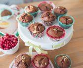 Przepis na muffinki czekoladowe z malinami i mascarpone.