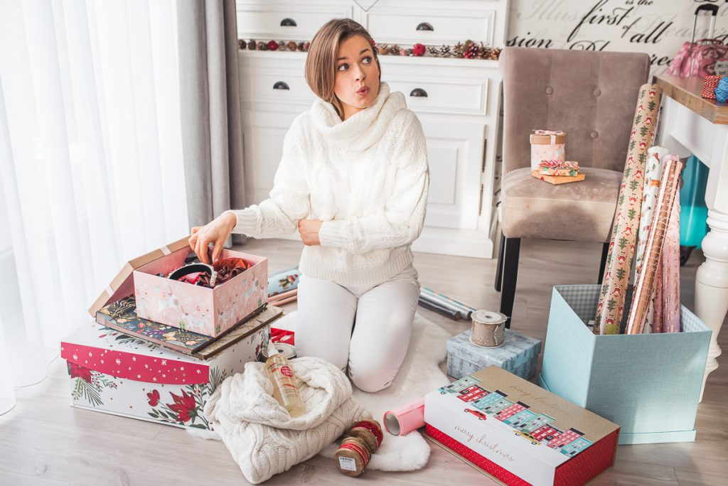 Prezent pod choinkę DLA NIEJ- co kupić, kiedy nie masz pomysłu na prezent?