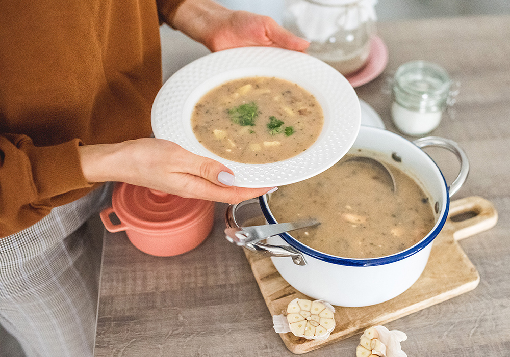 30 przepisów na pyszne zupy- dla małych i dużych zupożerców