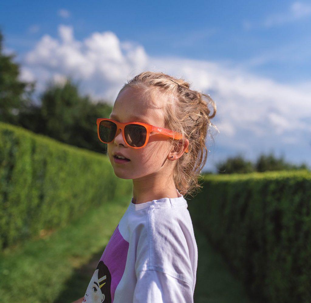 Okulary przeciwsłoneczne dla dzieci. JAKOŚ CZY JAKOŚĆ? + kod rabatowy